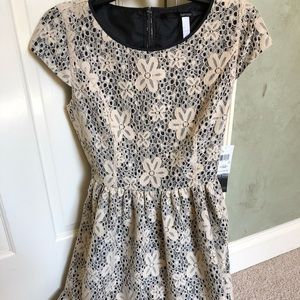 Kenzie Dress with lace detailing